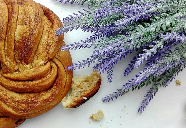 edible flowers, lavender