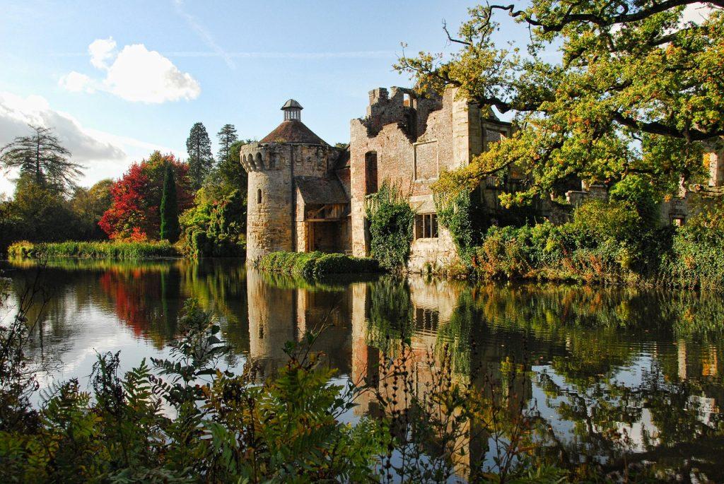 english garden, castle ruins